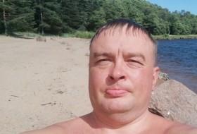 Petr, 42 - Just Me
