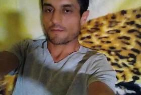 Izat, 37 - Just Me