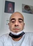 Luca, 44  , Brindisi