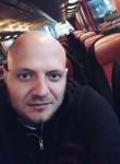 Valentin, 35, Chisinau
