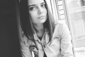 Marina , 24 - Just Me