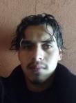 Luis , 21  , Puerto Barrios