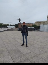 Aleksandr Bobrov, 42, Russia, Saint Petersburg