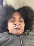 Gabrielle , 19  , Chicago