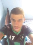 Leandro , 18  , Ouro Branco