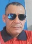 Henrique, 50  , Brasilia
