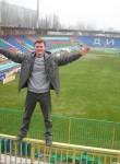 Oleg, 45, Moscow