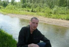 seryezha, 41 - Just Me