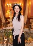 Nadezhda, 36, Meru