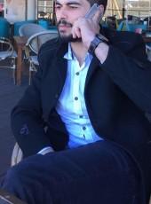 ÖzenM, 28, Turkey, Gebze