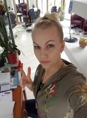 Olga, 41, Belgium, Denderleeuw