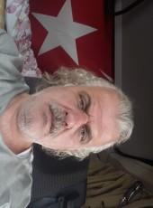 Hulusi, 46, Spain, Granollers