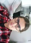 Shayna, 21  , Nangis