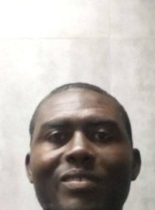 Chuck, 37, Jamaica, Kingston