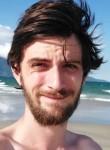 Bastien, 26  , Yerres