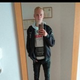 Leon, 18  , Schwarzenberg