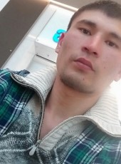 Maks, 18, Russia, Moscow