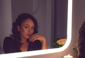 Viktoriya , 27 - Just Me