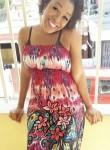 Ginaysaac, 33  , Carrefour