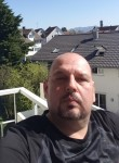 Robo, 44  , Vienna