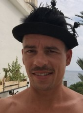 vic, 35, Russia, Saint Petersburg