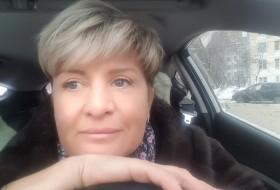 Darya, 48 - Just Me