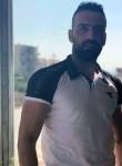 عمر, 31  , London