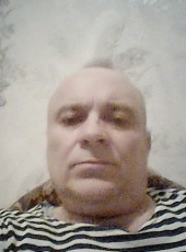 Oleg, 54, Russia, Plastunovskaya
