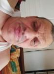 Michel, 56  , Marseille