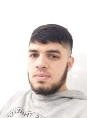 Oyatullo, 20, Russia, Moscow