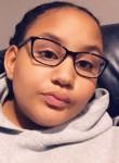 Delaney, 19  , Fort Wayne