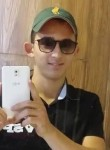 Omar, 24  , Sfax