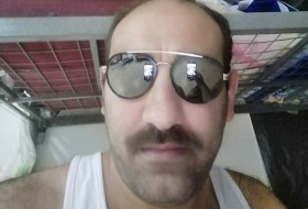 Mohmadali , 29 - Just Me