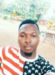Serge, 24  , Ouagadougou