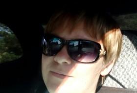Margo , 37 - Just Me