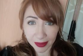 Olga, 44 - Just Me