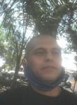 Juan, 33, Medellin
