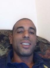 tahannn, 38, France, Royan