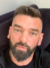 Willy , 45, France, Saint-Quentin
