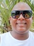 Adailton, 36, Barreiro do Jaiba