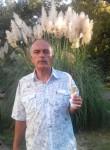 yuriy, 61  , Volsk