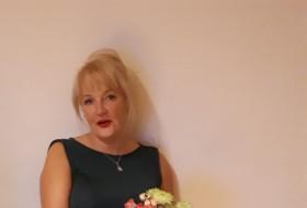 ineta, 52 - Just Me