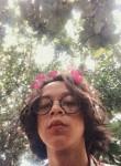 Azkia Fadhlan, 18, Yogyakarta