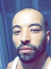 Yuoyuo, 28, Algeria, Algiers