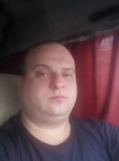 Dima, 32, Russia, Saint Petersburg
