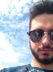 Lucas, 24  , Chaville