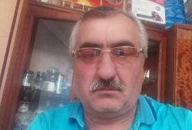 Alik, 52 - Just Me