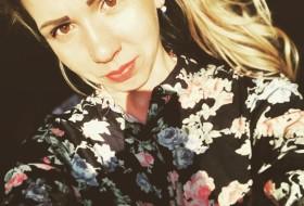 Mariiya, 26 - Just Me
