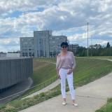 Yuliya, 45  , Berlin