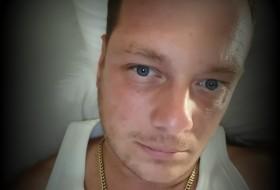Nick, 34 - Just Me